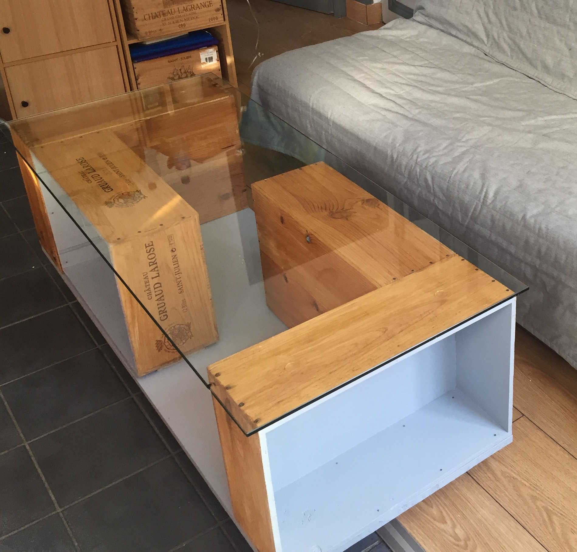 Table basse partir de caisses vin for Table basse caisse en bois