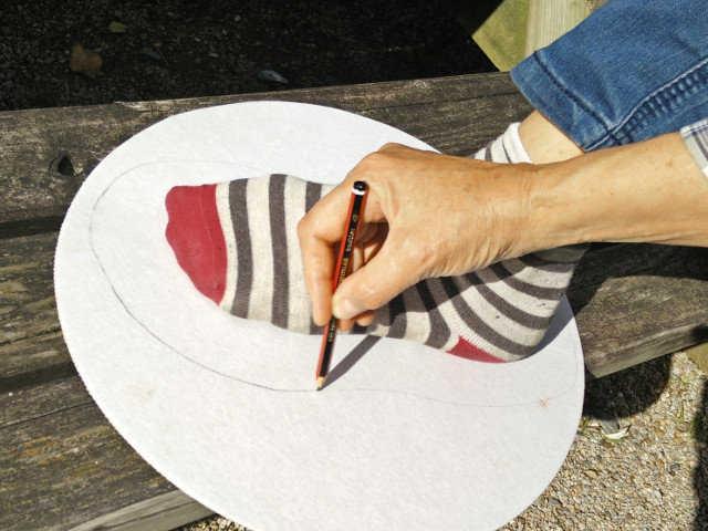 Medium hand felted slippers 02