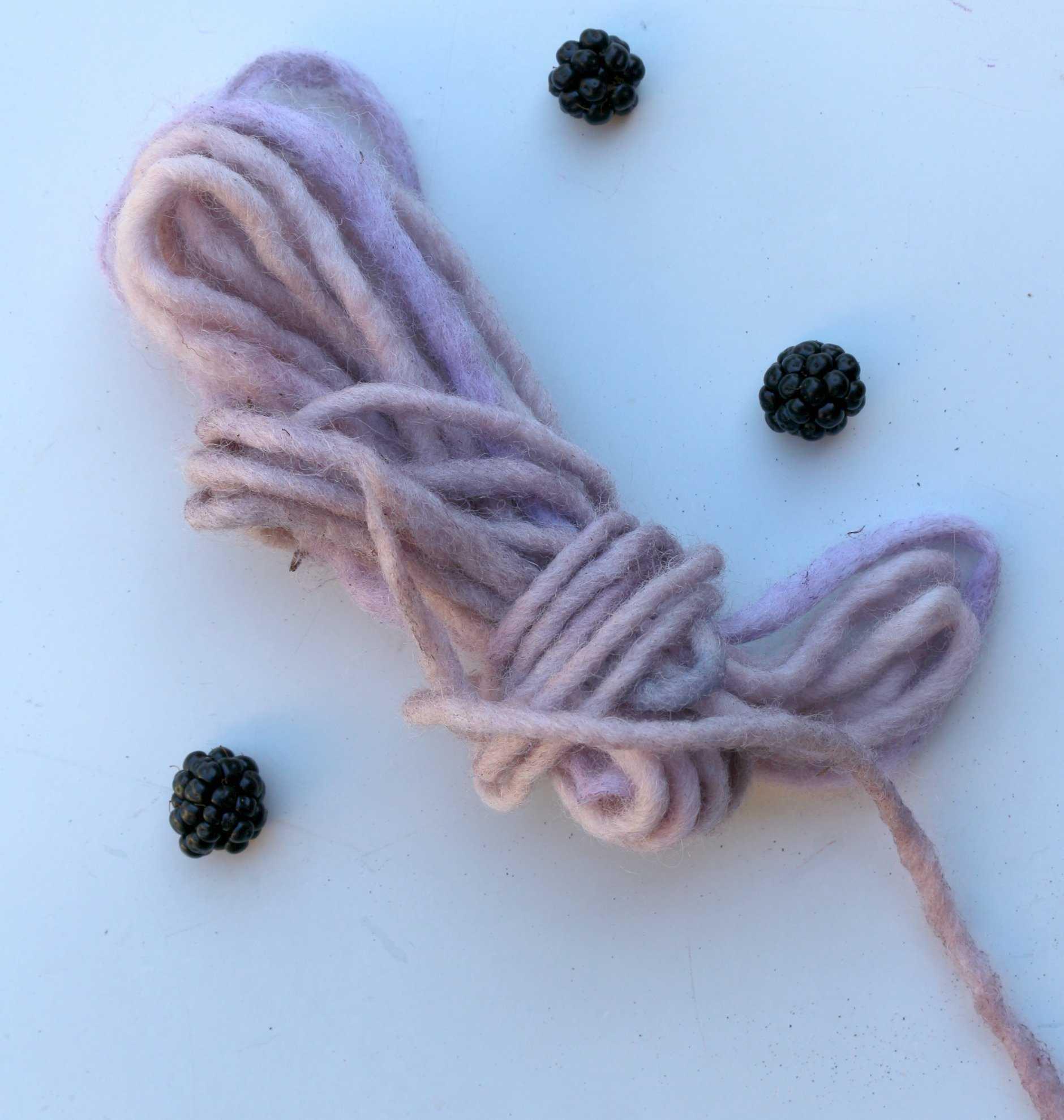 Medium teindre la laine en rose