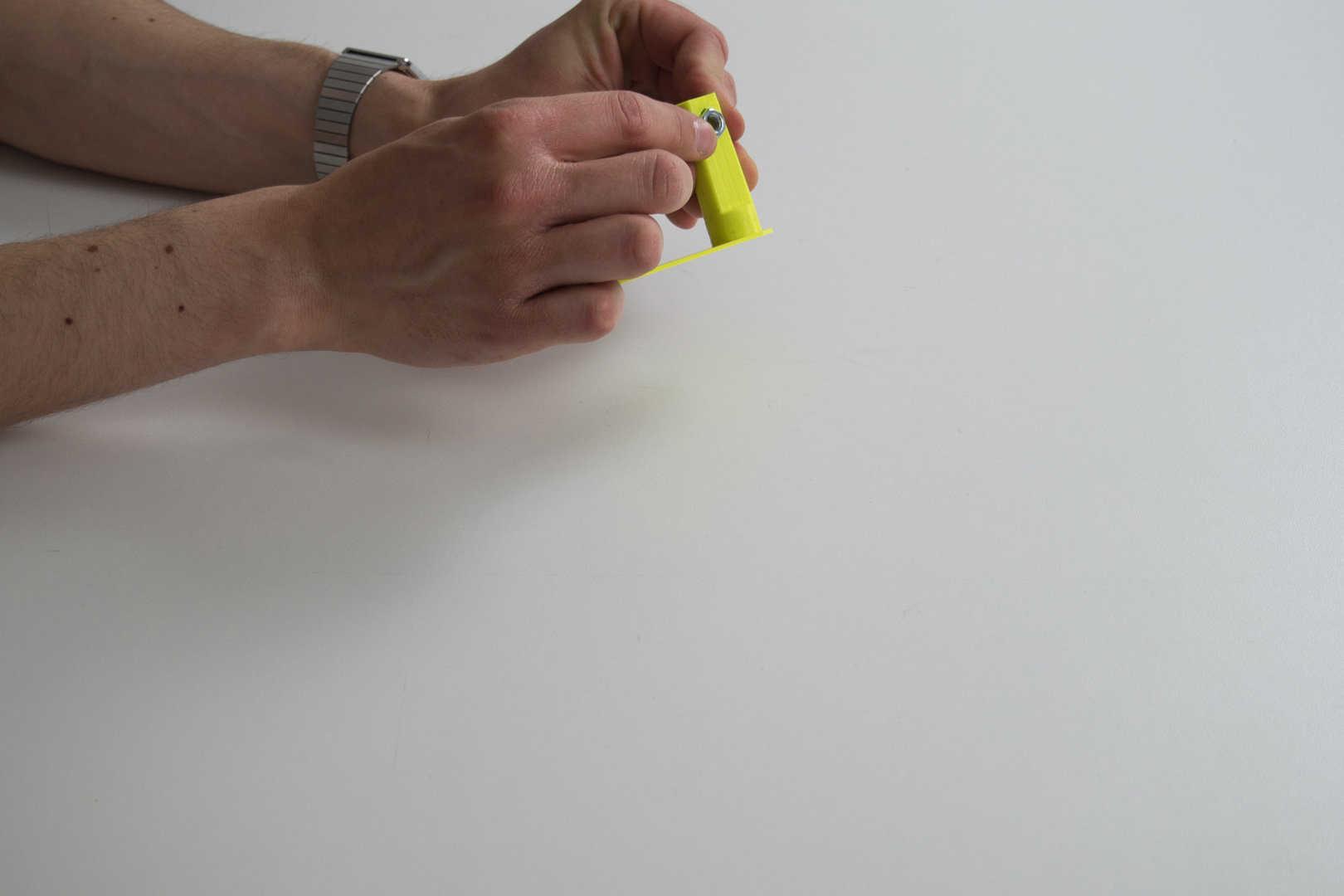 Medium 03 assemblage des plugs serre joint