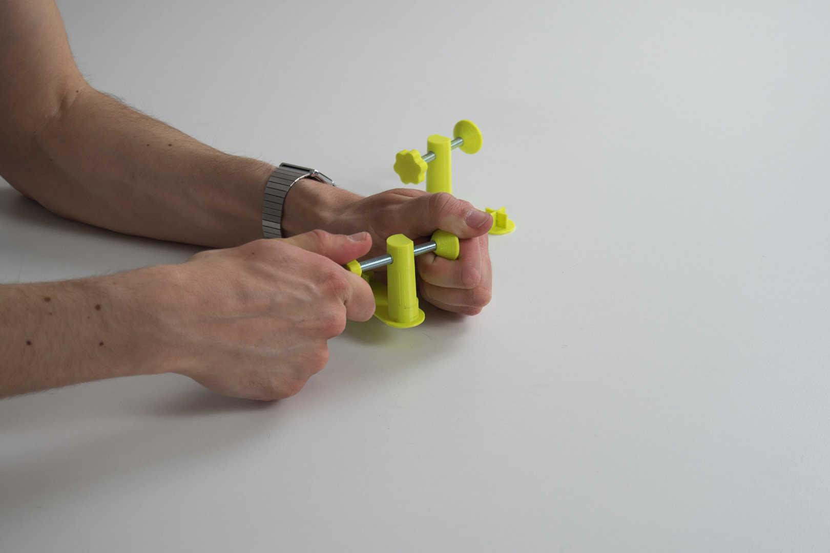 Medium 05 assemblage des plugs serre joint