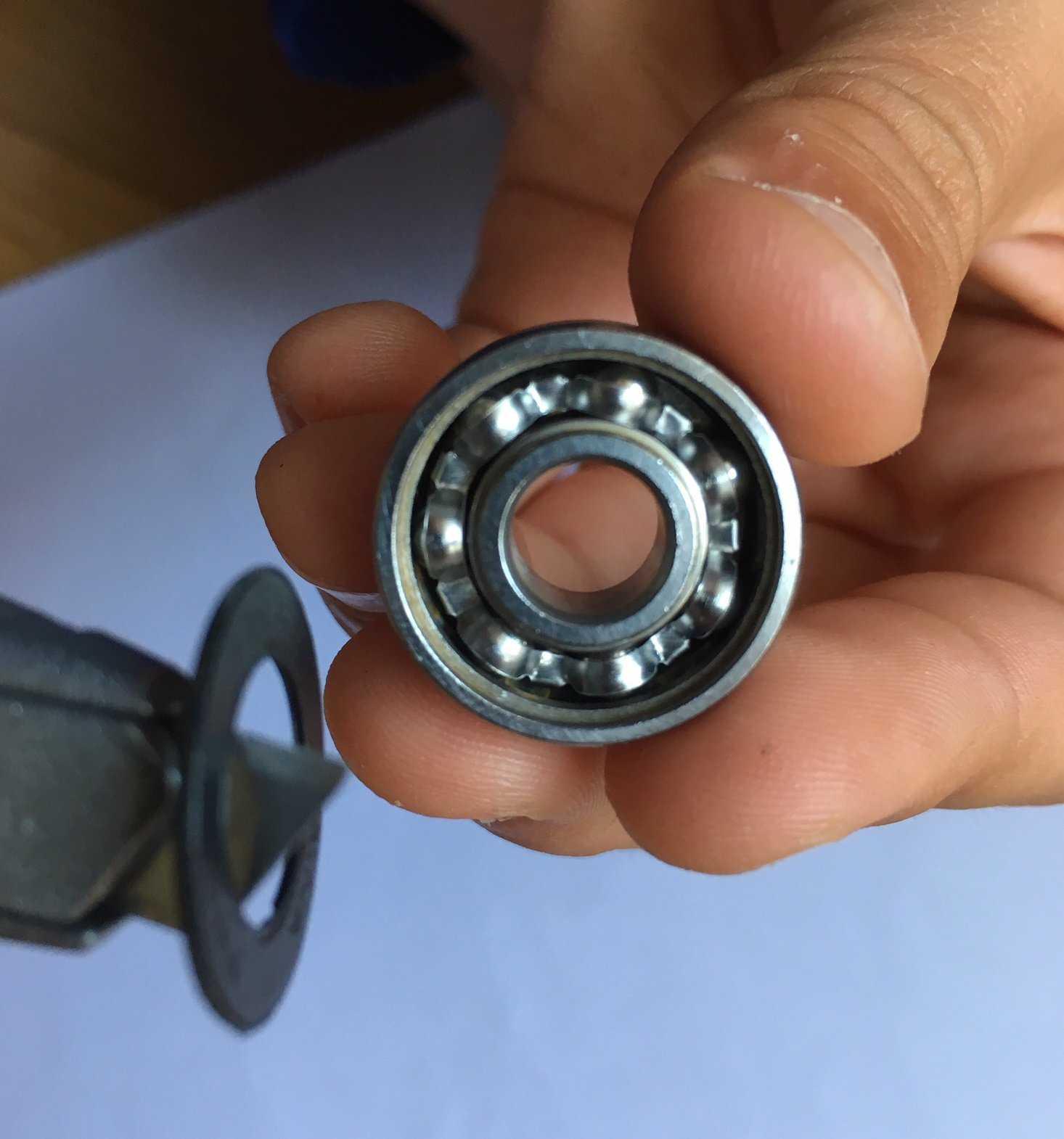 Medium spinner03