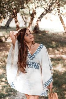 Medium alexandra   robe bordure bleu 004